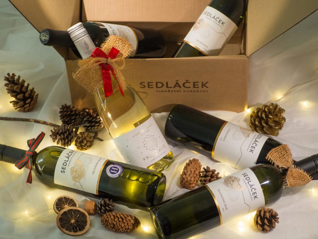 Výběr šesti lahví vína ke svátečním příležitostem