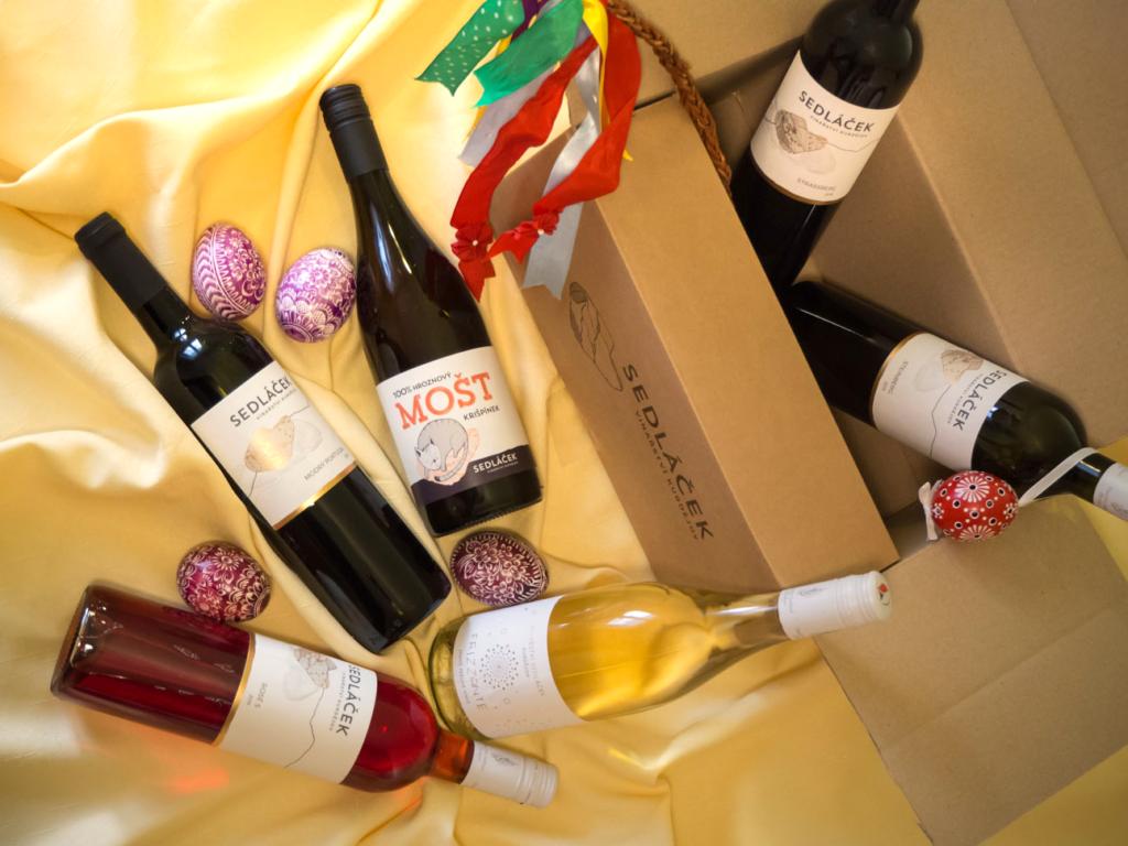 Velikonoční sada vín sdekorací